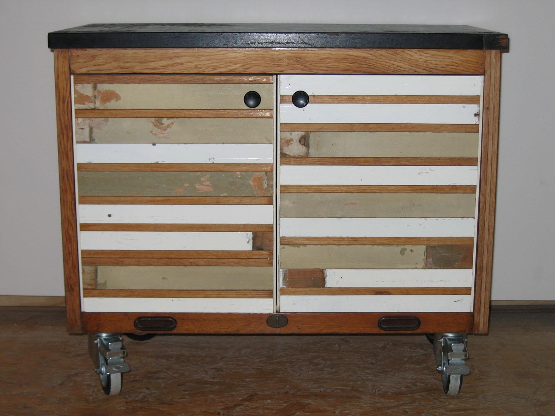 ptt kastje met deurtjes van sloophout